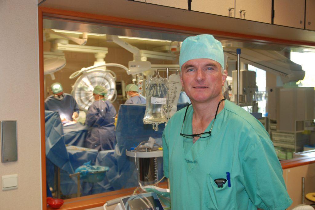 Dr. Frank Van Praet